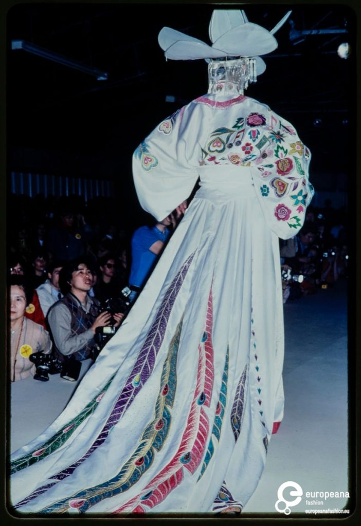 Japanese Flamboyance In Europe Kansai Yamamoto European Fashion Heritage Association